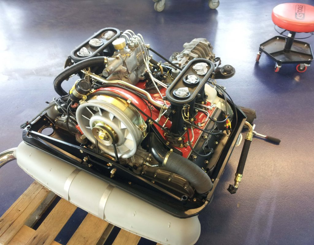 Porsche luftgekühlt Motor hier zu sehen 2,7RS